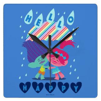Horloge Carrée Baisses heureuses de pluie des trolls  