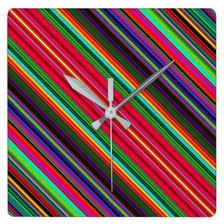 Horloge Carrée Beau motif multicolore coloré de rayure