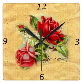 Horloge Carrée Beaux roses rouges vintages élégants romantiques