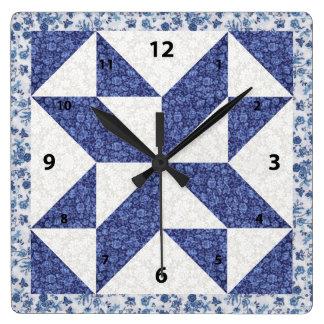 Horloge Carrée Bleu regard piqué beau par calicot