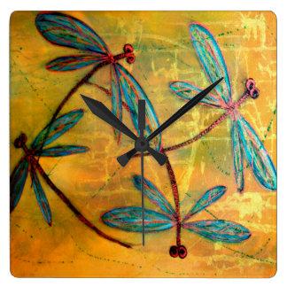 Horloge Carrée Brume de libellule