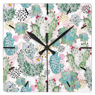 Horloge Carrée cactus d'aquarelle et motif de triangles