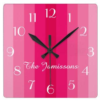 Horloge Carrée Cinq nuances de rose, horloge, personnalisée