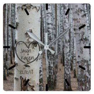 Horloge Carrée Coeur découpé rustique personnalisé de pays