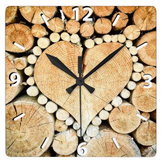 Horloge Carrée Coeur rustique et en bois, pays