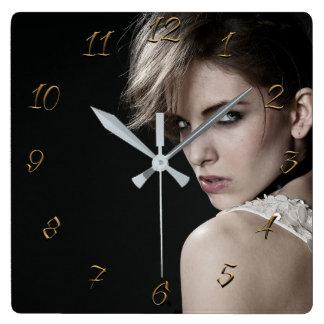 Horloge Carrée Coiffeur