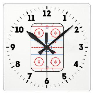 Horloge Carrée Décor de match de hockey de diagramme de patinoire