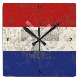 Horloge Carrée Drapeau et symboles de Pays-Bas ID151
