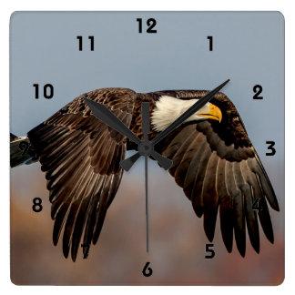 Horloge Carrée Eagle chauve en vol