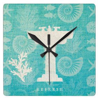 Horloge Carrée Évier côtier de salle de bains de l'illustration |