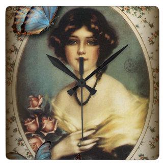 Horloge Carrée femme florale de Paris de victorian vintage rétro
