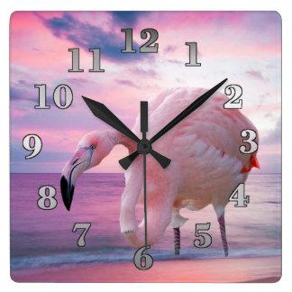Horloge Carrée Flamant et ciel rose