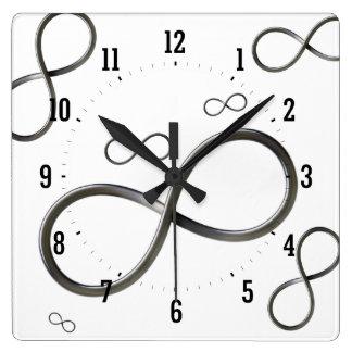 Horloge Carrée Geek du symbole | d'infini de dispersion