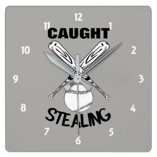Horloge Carrée Graphique drôle de base-ball de citation d'humour