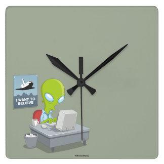 Horloge Carrée Je veux croire