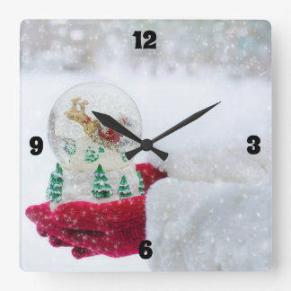 Horloge Carrée Joyeux Noël et globe de neige de Père Noël
