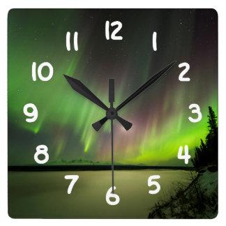 Horloge Carrée L'aurore majestueuse