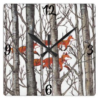Horloge Carrée Le Fox rouge macule l'horloge grise de région