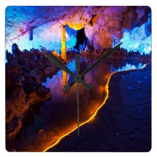 Horloge Carrée Lumières en caverne tubulaire de cannelure, Chine