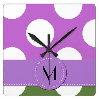 Horloge Carrée Monogramme - pois, motif pointillé - vert