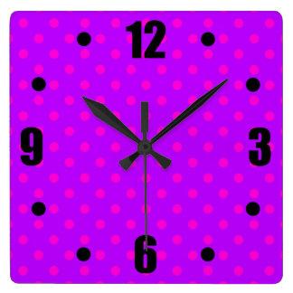 Horloge Carrée Motif de pois de pourpre et de roses indien