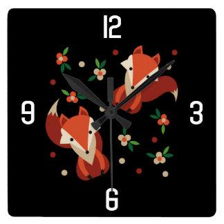 Horloge Carrée Motif rustique de Fox d'animal de région boisée