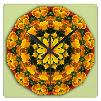 Horloge Carrée Pavots de Californie 02,2, Fleur-Mandala
