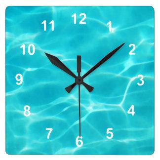 Horloge Carrée Piscine