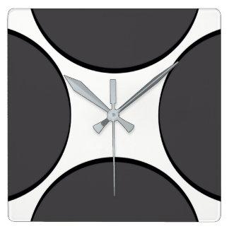 Horloge Carrée Point gris-foncé