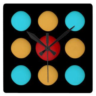 Horloge Carrée Points bleus jaunes rouges MIGNONS