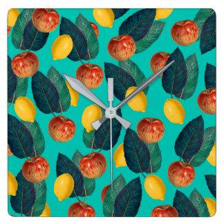 Horloge Carrée pommes et citrons turquoises