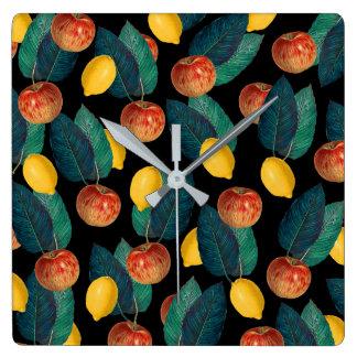 Horloge Carrée pommes et noir de citrons