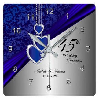 Horloge Carrée quarante-cinquième/soixante-cinquième souvenir