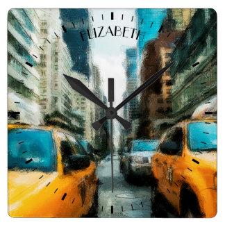 Horloge Carrée Taxis jaunes après pluie à New York City