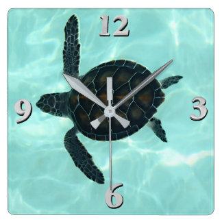 Horloge Carrée Tortue de mer de bébé