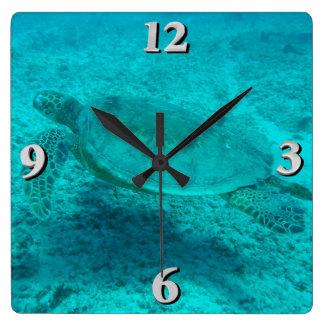 Horloge Carrée Tortue de mer verte hawaïenne