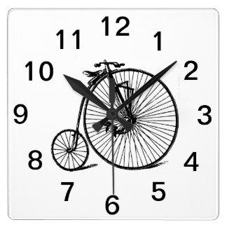 Horloge Carrée Vélo vintage de bicyclette de vélo sur rail