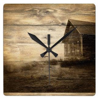 Horloge Carrée vieux cabine primitif de ferme de grange de pays
