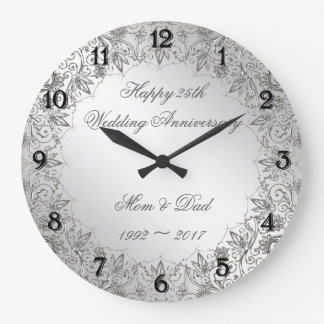 Horloge d'anniversaire de mariage d'argent de