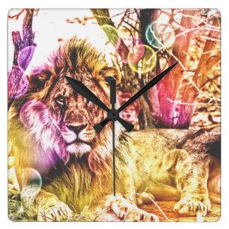 Horloge de carré de lion de mur