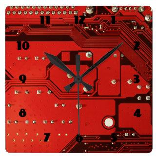 Horloge de carré ROUGE de CARTE MÈRE