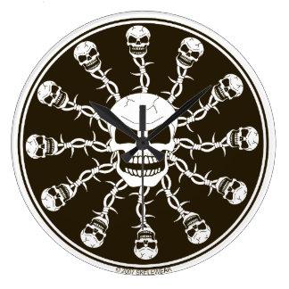 Horloge de conception de crâne
