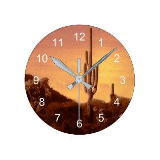 horloge de coucher du soleil de sonoran