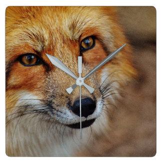 Horloge de Fox rouge