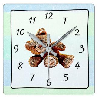 Horloge de la crèche de bébé vert et bleu d'ours