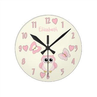 Horloge de papillon du hibou de petite fille
