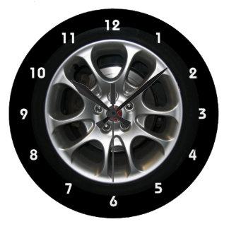 Horloge d'enjoliveur de roue de voiture avec des