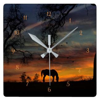Horloge du sud-ouest renversante de cheval