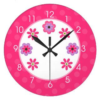 Horloge Girly de crèche de fleurs à la mode - rose