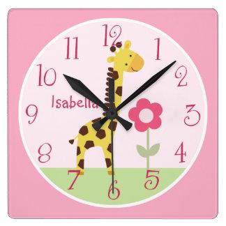 Horloge mignonne personnalisée de crèche de girafe